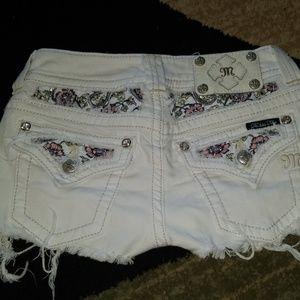 Miss me floral shorts